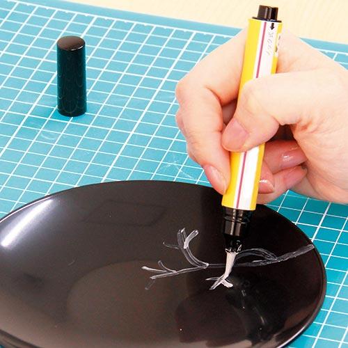 金粉定着液を使った金蒔絵風作品づくり手順1