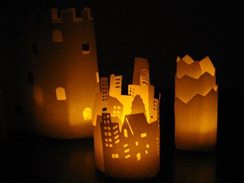 紙の立体創作を楽しむミニ明かり