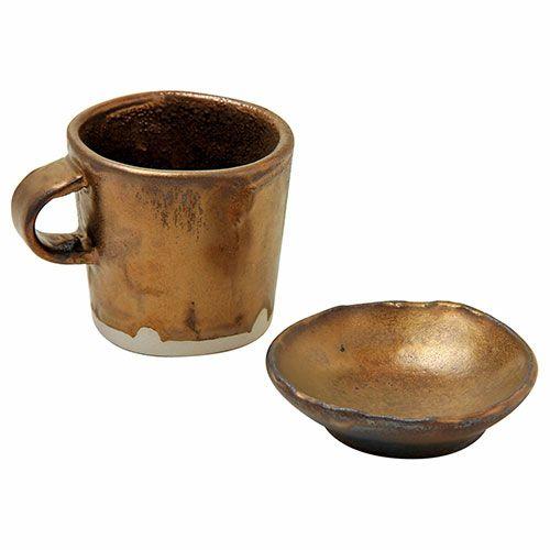 ゴールドの金属光沢が大人気の釉薬♪高級感あふれる器なら『金ラスター釉』!
